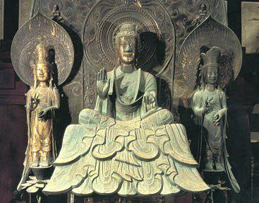 三尊天井の語源となった釈迦三尊像